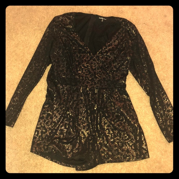 Charlotte Russe Pants - 1X Black/Gold Leopard Long Sleeve Shorts Romper